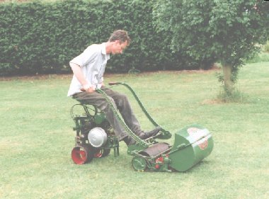 The MP Mower Pusher was designed for use with medium sized hand mowers. It was often used with the Ransomes Patent Chain Automaton.